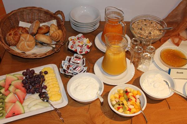 Frühstück-Buffet-Deutsche-Eiche-Uelzen